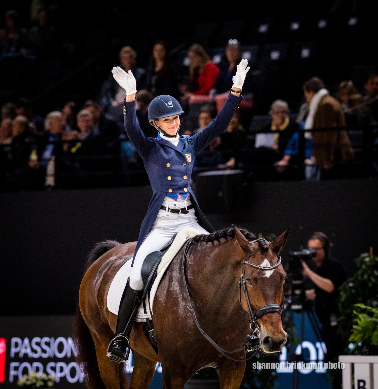 Laura Graves And Verdades Defend Second Place In Back To